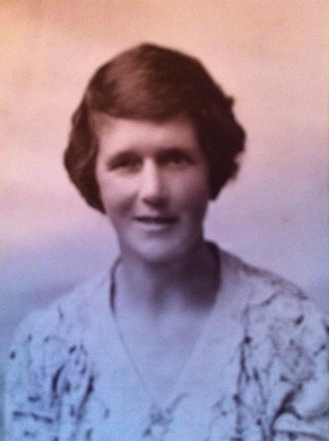 Mother: Alice Jane Godden, nee Brooks - young-Alice-Godden_Lees-paternal-grandmother